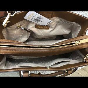 Michael Kors Bags - $348 Michael Kors Leslie Handbag Leather MK Bag